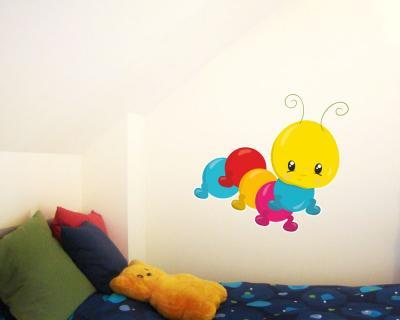 kleine raupe wandtattoo wandaufkleber kinderzimmer plot4u. Black Bedroom Furniture Sets. Home Design Ideas